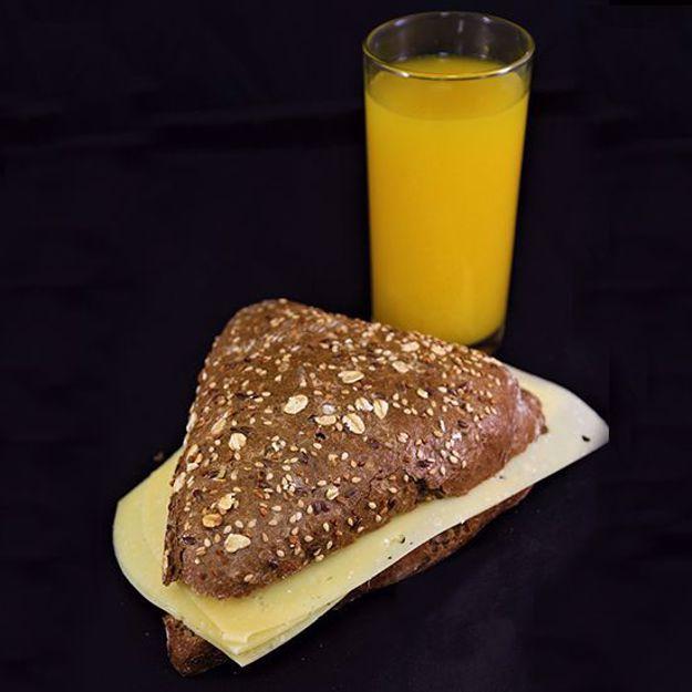 Afbeelding van Broodje belegen kaas
